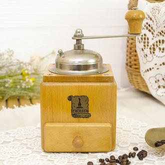 Коллекционная немецкая кофемолка, деревянный корпус, Германия, Grsser 0017 бр