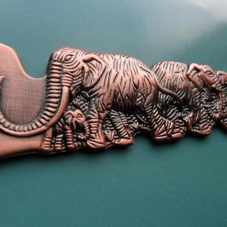 Бронзовая стильная открывалка слоны СССР