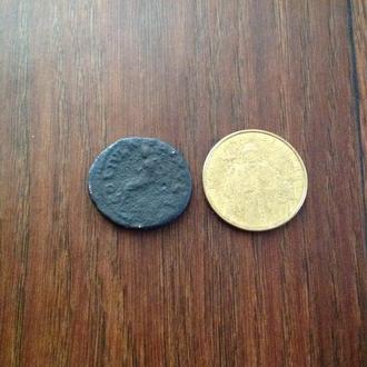 Древний Рим. Большая нечищенная монета.