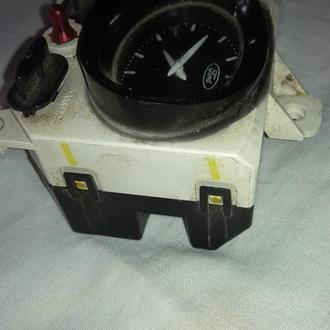 Форд, часы, 1997 г.