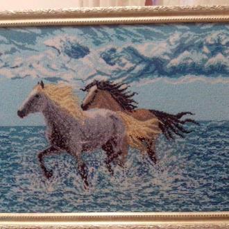 картина вышита бисером Вдоль моря
