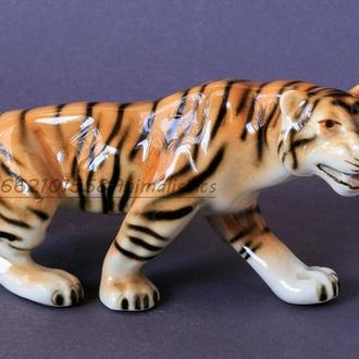 Фарфоровая статуэтка фарфор Чехия Royal Dux Bohemia Тигр