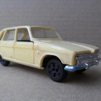 Модель автомобиля RENAULT 16 СССР ремейк, римейк ДФИ ДЗИ 1:43