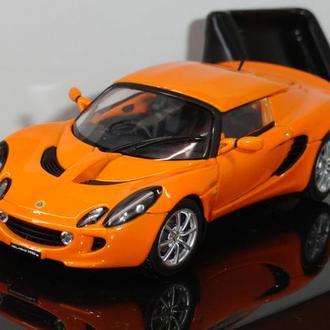 1/43  Lotus Elise 111R  AutoArt