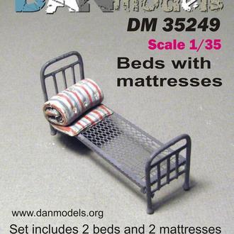 Danmodel 35249 - кровать армейская и матрац Набор 2 шт. материал - смола , фототравление.