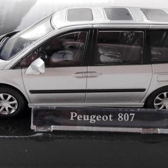 1/43 PEUGEOT-807. Cararama.