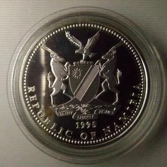 1995 год - 10 долларов - Намибия 5 лет независимости - серебро