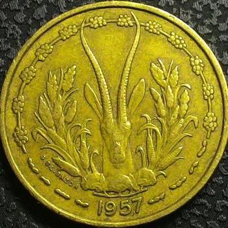 Того 25 франков 1957 год СОХРАН!!