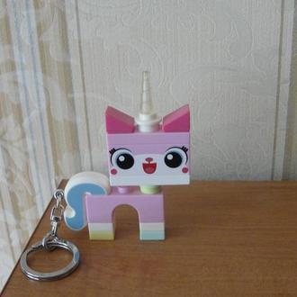 """Брелок-фонарик для ключей """"Lego Movie 2. Unikitty"""",Китти,Лего"""