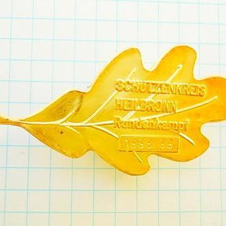 №167 Значок золотой дубовый лист победителю соревнований стрелков HEILBRONN Германия 1998 / 99