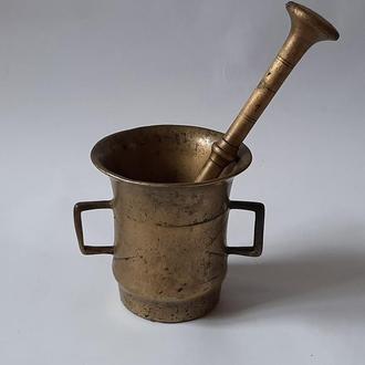 Старинная бронзовая ступка с пестиком, 19в. Закарпатье.
