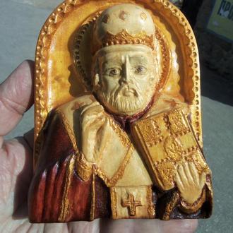 Николай Чудотворец---резьба по дереву в стиле барельеф