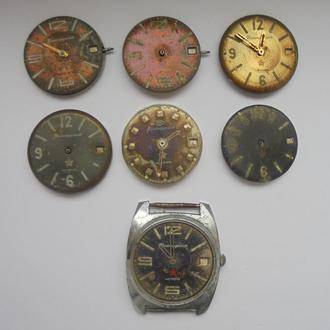 Циферблаты с механизмами механических часов КОМАНДИРСКИЕ 7 штук. Цена за всё!!!(№61).