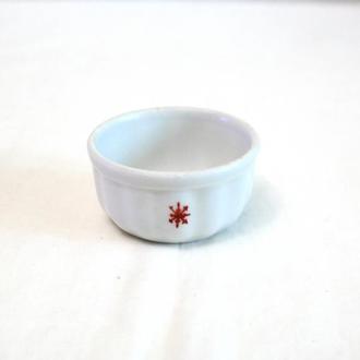 Солонка с декором для соли специй белая керамическая времена СССР