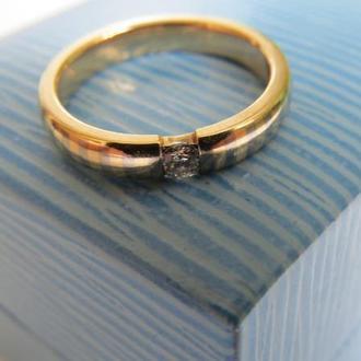 Кольцо золотое 585 пробы с бриллиантом
