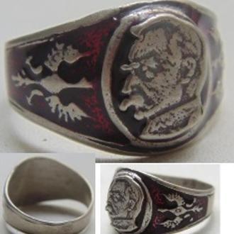 """Серебряное кольцо """"Пилсудский""""."""