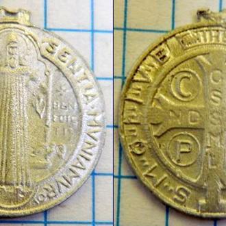 Нательная иконка католическая