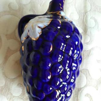 Графин фарфоровый, Виноград кобальт, позолота, Коростень высота 20 см, ширина 13 см. Ёмкость 1 литр