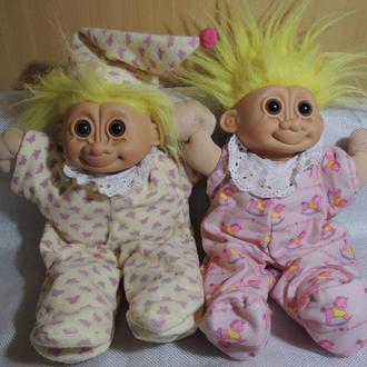 Куклы-тролли.
