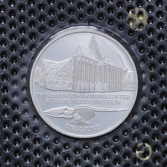 10 Марок 2001 G Военно-морской музей в Штральзунде,(13) Германия Пруф