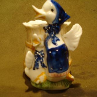 Фігурка-вазочка Качки