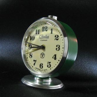 Часы будильник Слава 11 камней СССР Знак качества Исправные Великолепное состояние!