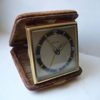 Часы будильник дорожный немецкий 1950 г.