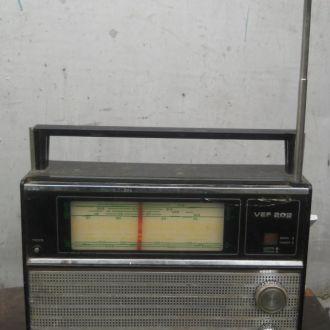 Радиоприемник VEF 202.