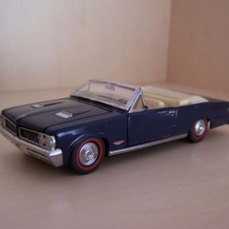 Pontiac GTO Convertible 1964 1:43 Franklin Mint