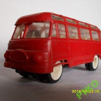 Автобус РОБУР. Привезен в 1971 из ГДР.