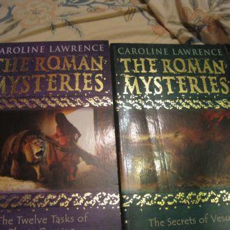 CAROLINE LAWRENCE книга на английском языке лот=2ш
