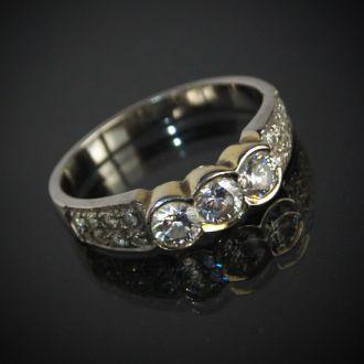 Серебряное кольцо с цирконами 925 проба, Austria