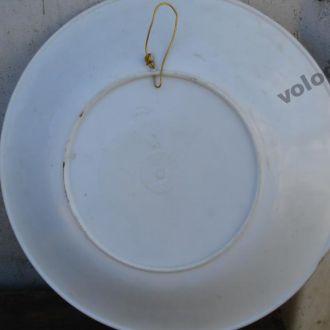 Тарілка настінна з пластику