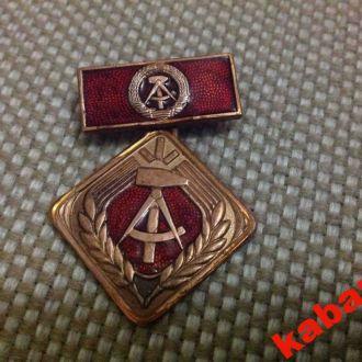 Медаль. ГДР