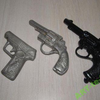 Пистолеты антикварные. Металл. Цельнолитые. СССР.