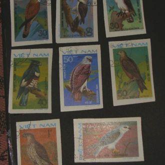 Вьетнам фауна Хищные птицы 1982 беззубц.