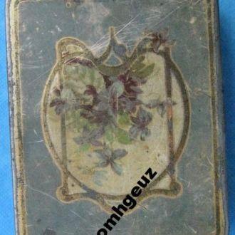 Жестяная кондитерская коробка Красный Октябрь 1930