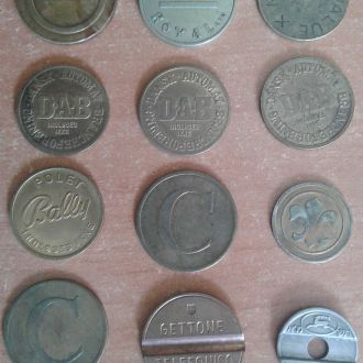 жетони різні 12шт одним лотом
