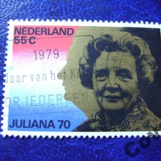 Нидерланды Портрет королевы на ее лицо и силуэт