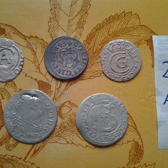 Серебрянные средневековые монеты 5 штук. Разные.