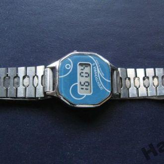 Часы женские Электроника 5 с браслетом СССР