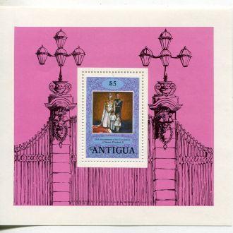 Антигуа 5 $  Елизавета II