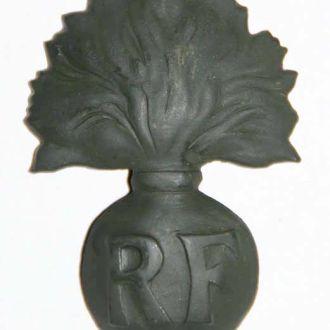 Кокарда гренада каска шлем Адриан 1926 Франция