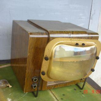 Телевизор  приемник КВН 49 1954 год СССР