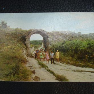Крым Бахчисарай Чуфут-Кале Пещерный город 1974 год