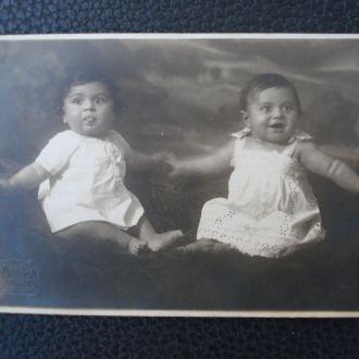 Харьков Вовочка и Мишенька 1927 год В.Довбня