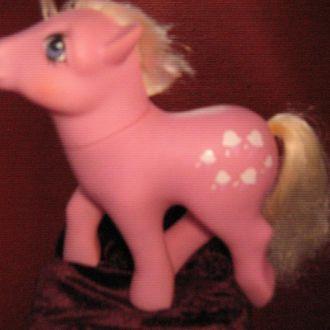 игрушка розовая лошадка  Гонг конг
