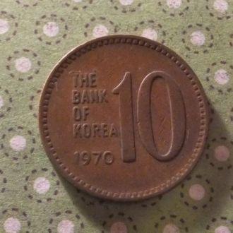 Корея 1970 год монета 10 вон !