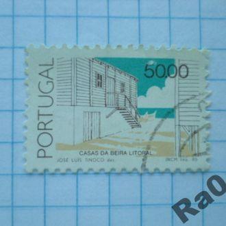 Марка почта Португалия 1985 Архитектура дом берег