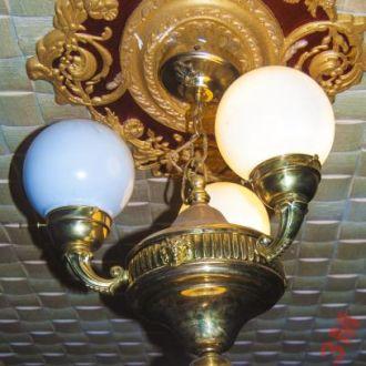 Шикарная люстра -бронза,Австрия 19век.